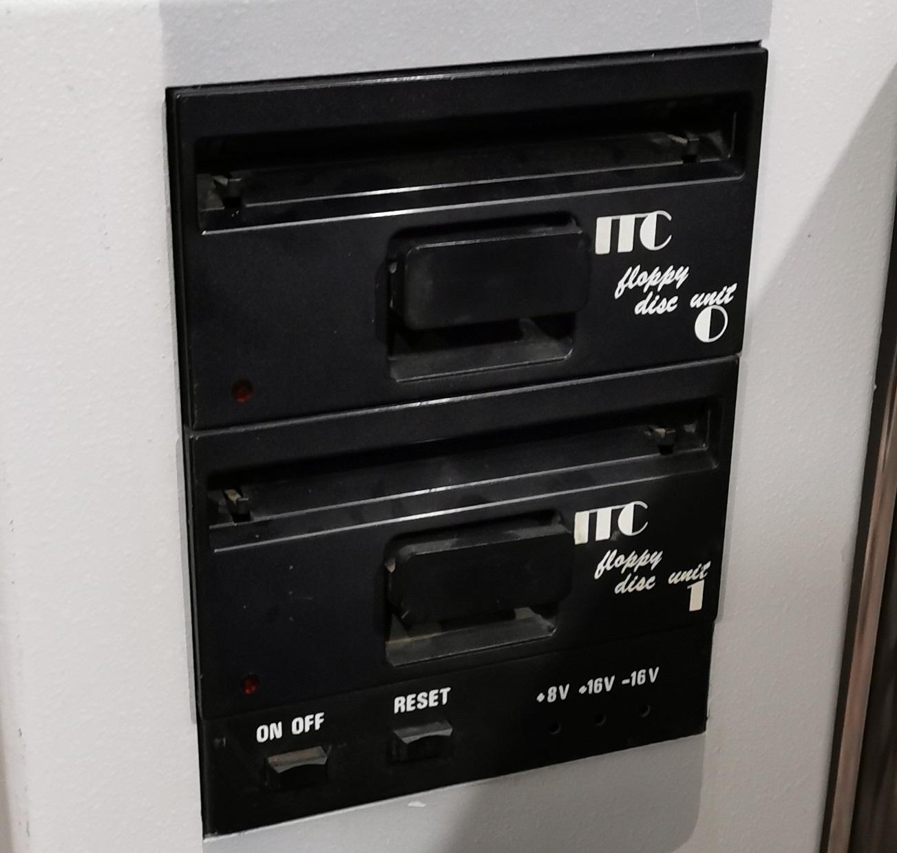 MS 100 Floppy disk